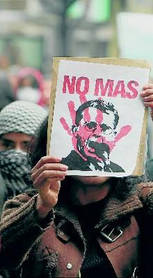 Uribe quiere reducir el censo para facilitar su reelección