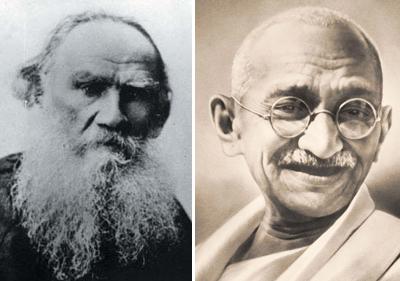 Tóltoi (escritor ruso) y Gandhi (político indio)